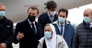 'Shuplaka' Hyjnore ndaj presidentit francez Emanuel Makron!